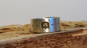 Pac-man ring achterkant