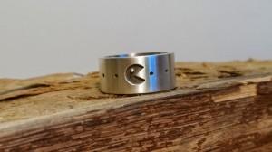 Pac-man ring voorkant